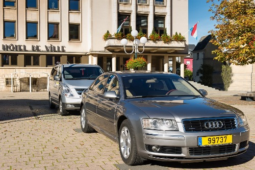 luxembourg airport limousine transfer audi a8